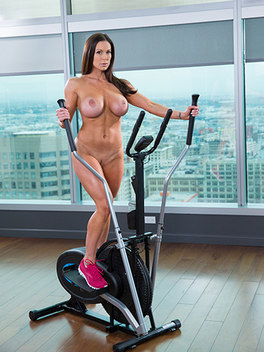 Kendra Lust in  Fitness Babe Loves Huge Black Cock - blacked.com